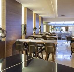 The Lobby Bar & Restó